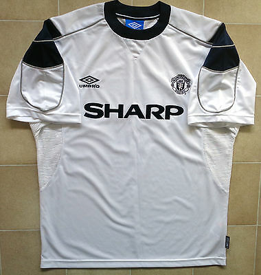 Authentic Umbro Manchester United 99/00 Away Jersey. Mens L, Excellent Condition