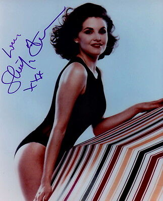 SHERILYN FENN ~ SHAMELESS ~ SIGNED 10x8 PHOTO COA