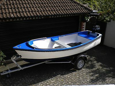 Fishing boat / dinghy / 7.5hp Mercury 2 stroke outboard and trailer