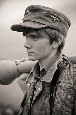 WW 2 ~ German  Photo ~~ Young Soldier ....