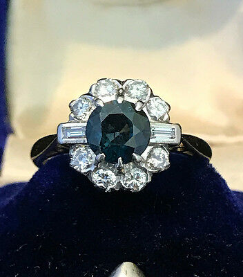 Fine Art Deco 18ct, 18k, 750 & Platinum Sapphire & Diamond Cluster ring C1935