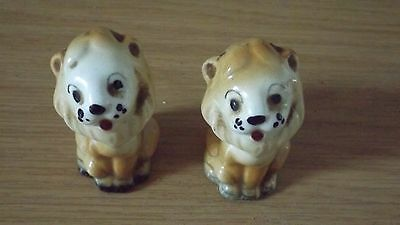Pair of small china Lion's
