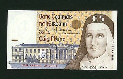 Republic of Ireland, Pre Euro Currency, Five Punts Bank Note.
