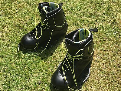 2016 Byerly Clutch Wakeboard Boots uk 10-11 Nearly New