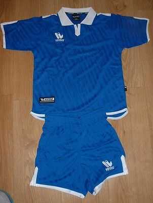 10 x COMPLETE JUNIOR FOOTBAL KIT FOR THE WHOLE TEAM