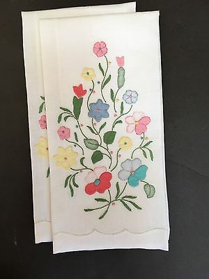 STUNNING Pair MADEIRA Floral Appliqued Multi Colored  Guest Towels  E118