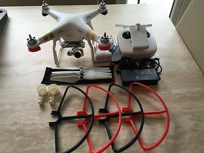 Dji Phantom 3 Professional with Carrying Case