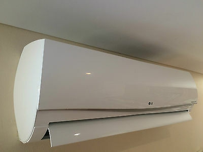 LG 7.0KW PREMIUM INVERTER Split Air Conditioner Model-P24AWN WIFI capable