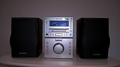 Sharp CD and Minidisc player/recorder (MD-M1H) with speakers - fully working