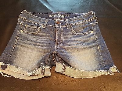 Women's Size 4 American Eagle Size 4 Stretch Denim Shorts Distressed