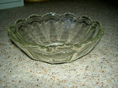 1930s-40s vintage glass fruit bowl