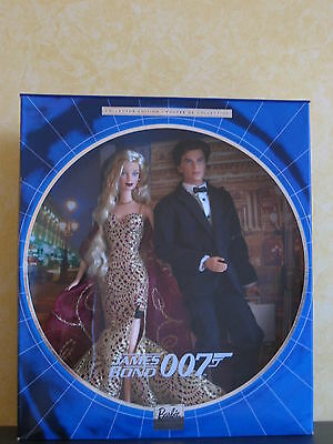 Barbie James Bond 007 Ken and Barbie Tux & Gown Collector Edition 2002 gift set