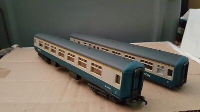 Lima 2 70' Passenger Coaches Cars Ho Scale Inter-City Rail Excellent Vintage