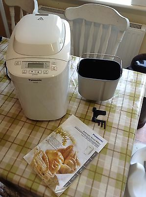 Panasonic SD-2501WXC Bread Maker with 25 programmes White