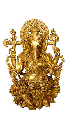 Brass statue of god Ganesh handicrafts product by BharatHaat™BH00004