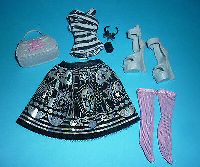 Monster High Clothes, Shoes & Acc' from Original Rochelle Goyle Doll