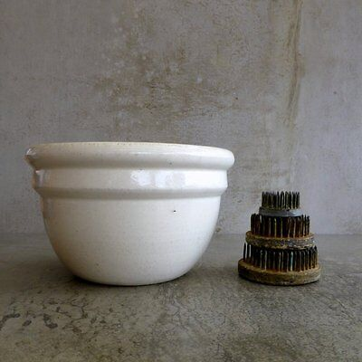 Vintage Mixing Bowl Pudding Bowl 700mls Cream Heavy Stoneware Collectable