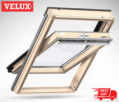 VELUX CK02 Pine Centre Pivot Roof Window Loft Skylight 55cm x 78cm Velux