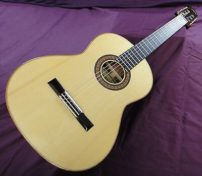 Concert Classical Guitar - Spruce 'Double Top'