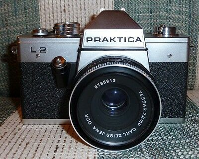 Praktika L2 Vintage 1975-80 Film Camera with Carl Zeiss Tessar 50mm F2.8 & Case