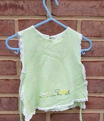 Vintage Cloth Baby Bid green with turtle lace trimmed