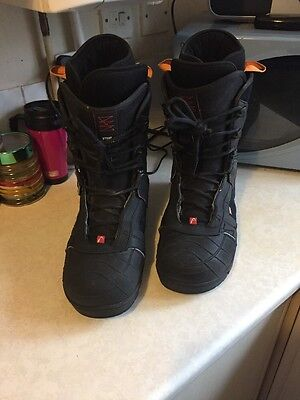 A Pair Of HEAD snow Boarding Boots In Vgc Uk Size 10.5