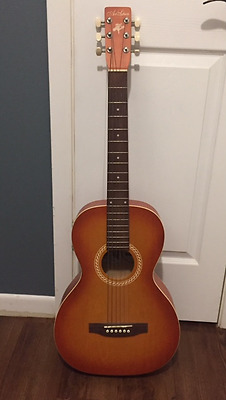Art & Lutherie AMI Wild Cherry Parlor Guitar Acoustic w/ Case & Stand EXCELLENT!