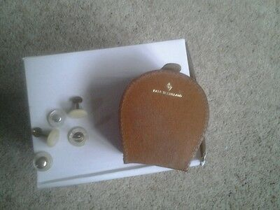 VINTAGE TAN LEATHER HORSESHOE SHAPE STUD/CUFFLINK BOX ~ MADE IN ENGLAND + studs