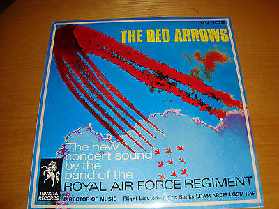 ROYAL AIR FORCE REGIMENT - THE RED ARROWS - LP INVICTA RECORDS *Exc+