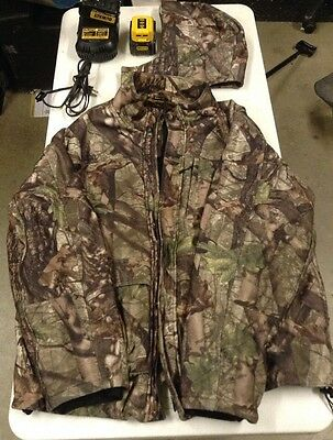 Dewalt True Timber Camo Heated Jacket XXL With Chgr & 2 batts & pwr adp(38476-1)