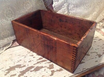 """Antique 7-1/2 X 12"""" Wooden Wine Bottle Box With Dovetail Corners"""