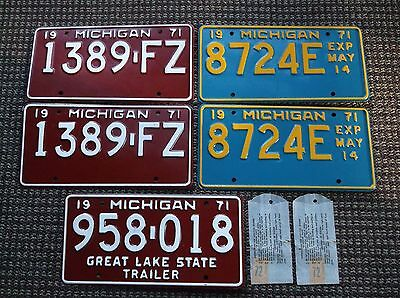 1971 MICHIGAN License Plates  Group  1972
