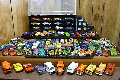 HOT WHEELS COLLECTION 100+ CARS 1:64 SCALE DIECAST w/ CAR CARRIER LOTS