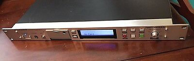 Marantz PMD570 Solid State Recorder Rack Mountable