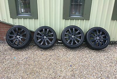 4 X Genuine Landrover Range rover Discovery 20 inch alloy wheels and tyres