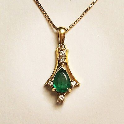 18K Yellow Gold Natural Genuine Pear Shaped Emerald & Diamond Pendant Necklace