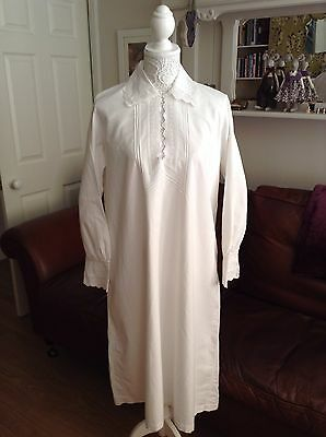 Genuine Antique Victorian Ladie's Cotton Nightgown Nightdress.