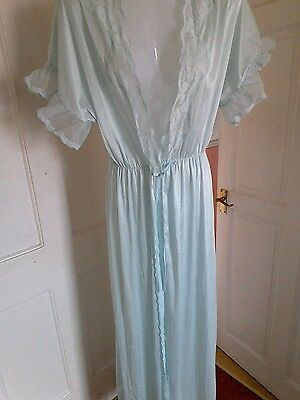 vintage dressing gown robe 1416