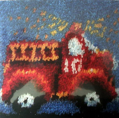 "Caron  Latch Hook Rug/pillow Kit   ""fire Engine"""