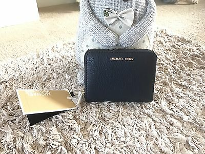 Brand New Ladies Leather Michael Kors Navy Purse With Gold Zip