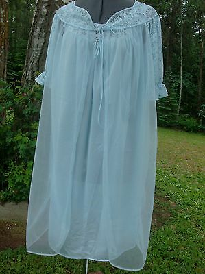 Vintage Movie Star, L, robin's egg blue sheer chiffon robe and nylon nightgown