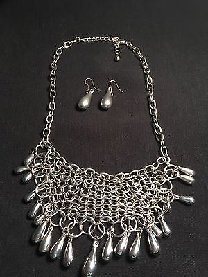 Vintage Estate Necklace and Earrings set Silver-Tone Costume Chain / Teardrop