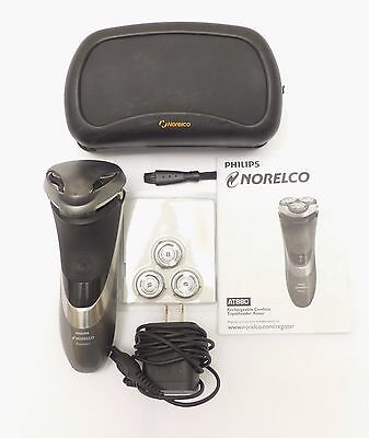 Philips Norelco Shaver AT880 Aquatec Rechargeable Wet/Dry with Replacement Heads