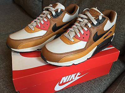 100% Authentic Nike Air Max 90 Escape Qs Size 9