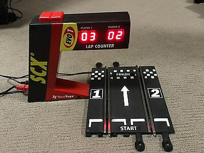 SCX digital lap counter and track sensor section