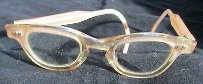 Vintage child's eye glasses-magnifes,plastic frame