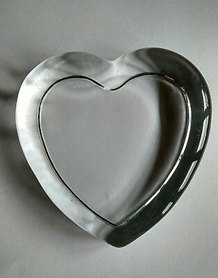 Glass Heart Paperweight x 1 - Make your own paperweight. Insert on underside.