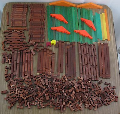 Vintage 1950s Halsam Square Lincoln Logs Mixed Lot of 330+ Plastic Roofs