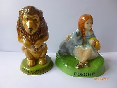 Wade Oz Cowardly Lion And Dorothy