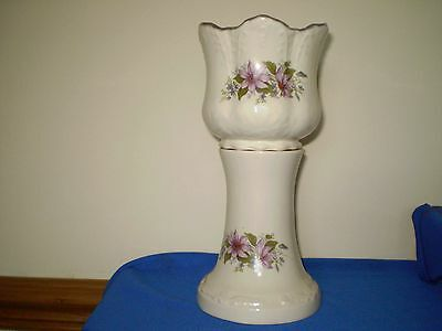Planter/jardiniere And Stand